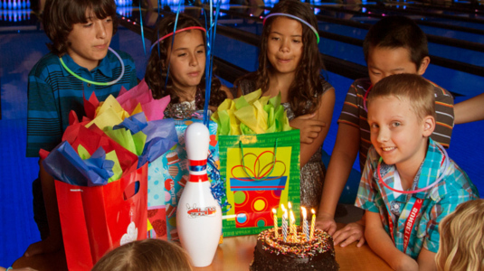 Incredibowl Birthday Parties